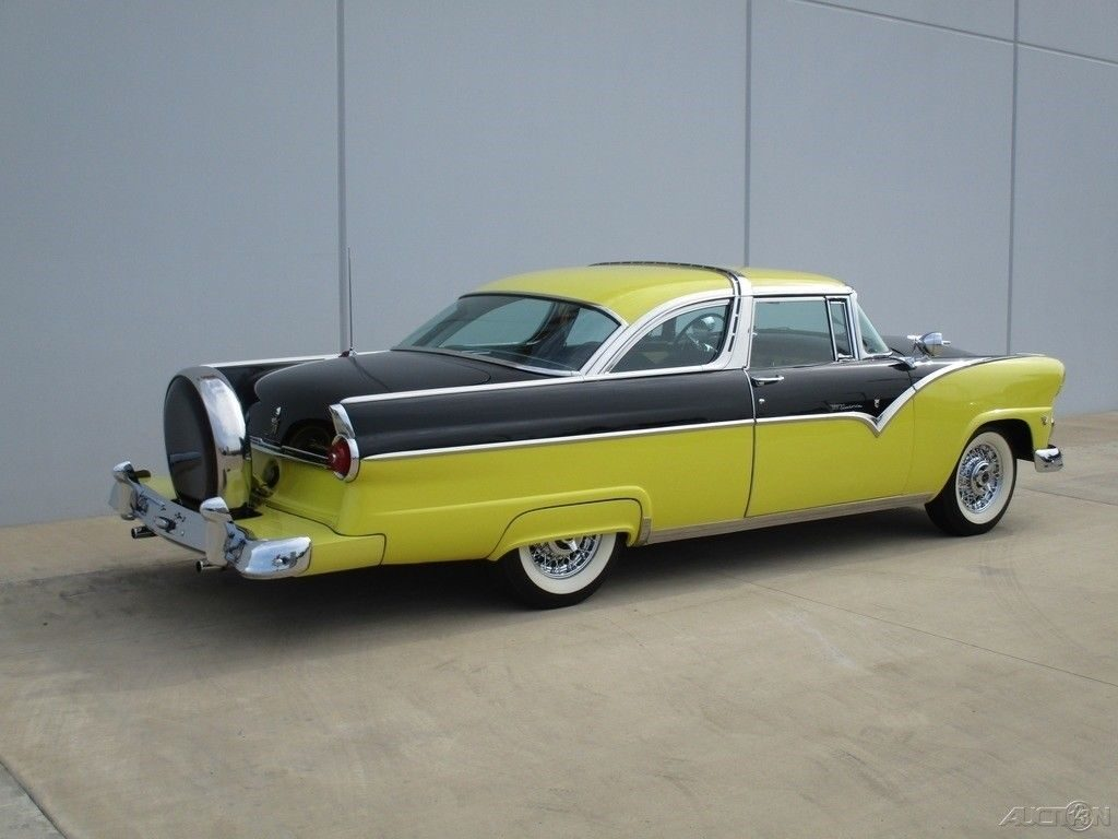 STUNNING 1955 Ford Crown Victoria Crown VIC